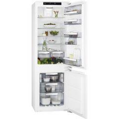 AEG SCE818F6NS Integrated fridge freezer