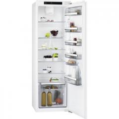 AEG SKB818F1DC Built-in column tall larder fridge